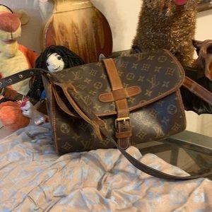 Pre-love vintage cross bag marine